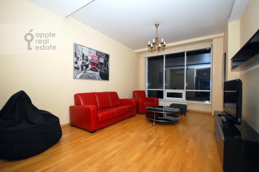 Living room of the 3-room apartment at Kochnovskiy pr. 4