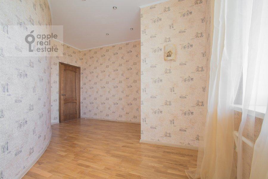 Bedroom of the 4-room apartment at Zvenigorodskaya ul. 8k1