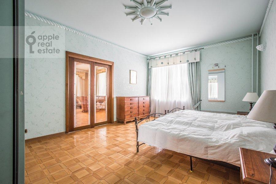 Спальня в 4-комнатной квартире по адресу Можайское шоссе 2