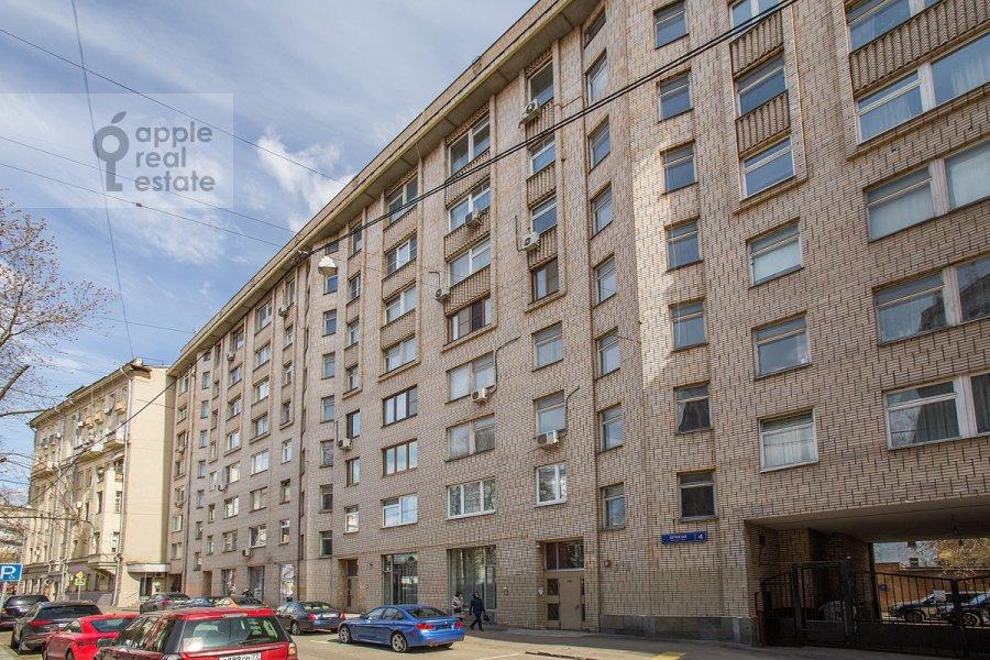 2-комнатная квартира по адресу Брюсов пер. 4