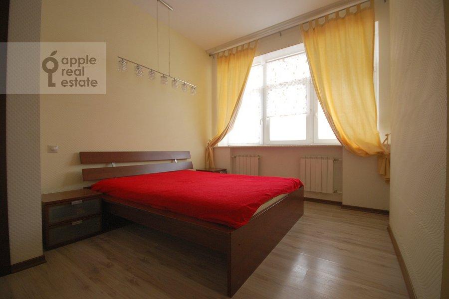 Спальня в 5-комнатной квартире по адресу Авиационная улица 79к1