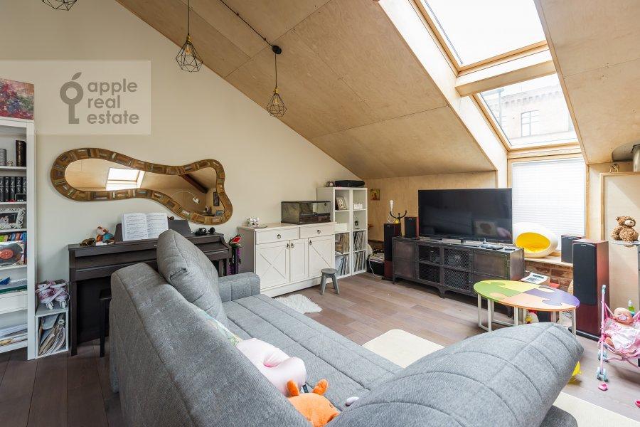 Living room of the 2-room apartment at Varshavskoe shosse 9s1