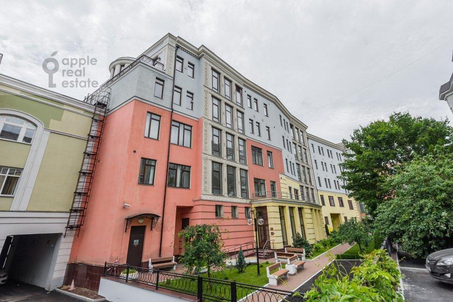 Фото дома 2-комнатной квартиры по адресу Петровский бульв. 21