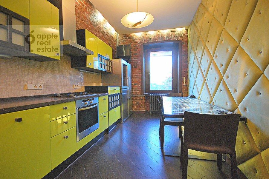 Kitchen of the 3-room apartment at Bronnaya Bol'shaya ul. 27/4