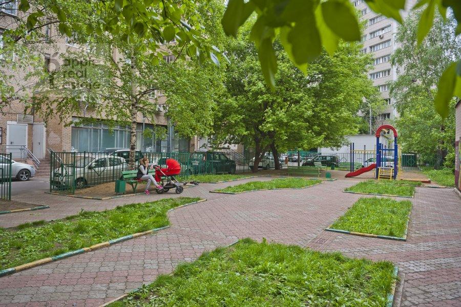 Фото дома 4-комнатной квартиры по адресу Бакунинская ул. 26-30c1