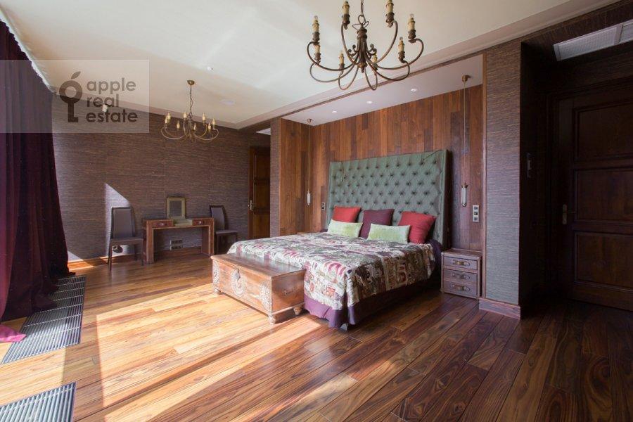 Спальня в 5-комнатной квартире по адресу Нежинская улица 1к1