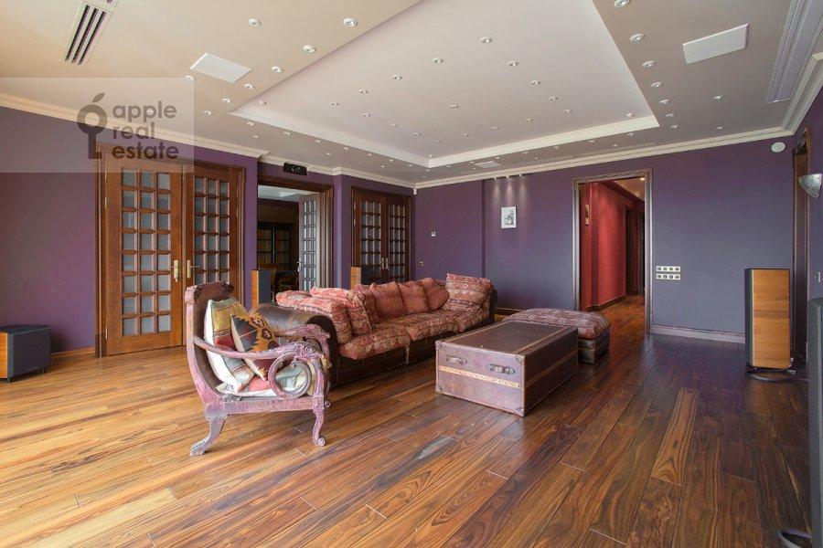 Гостиная в 5-комнатной квартире по адресу Нежинская улица 1к1