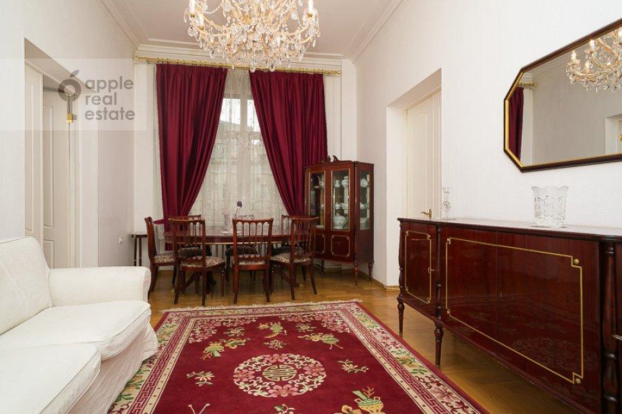Гостиная в 4-комнатной квартире по адресу Тверская-Ямская 1-я ул. 36