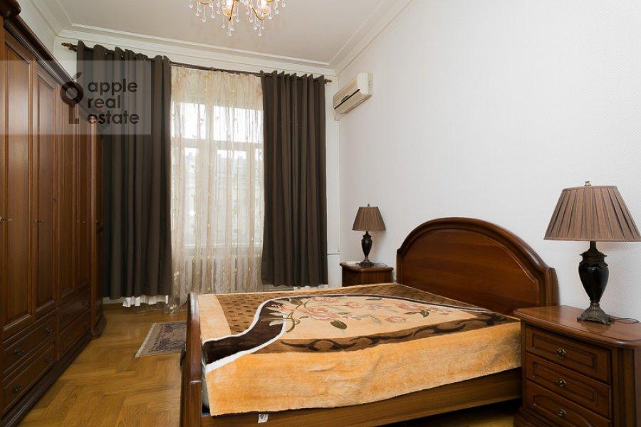 Спальня в 4-комнатной квартире по адресу Тверская-Ямская 1-я ул. 36