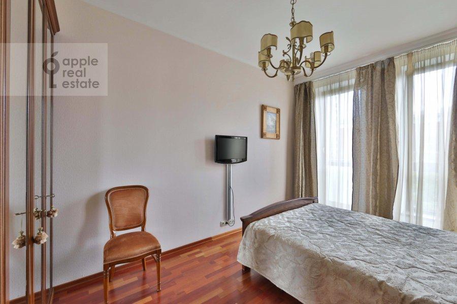 Bedroom of the 4-room apartment at Tikhvinskaya ul. 10