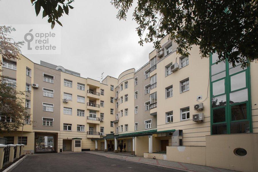 Фото дома 4-комнатной квартиры по адресу Цветной бульв. 16
