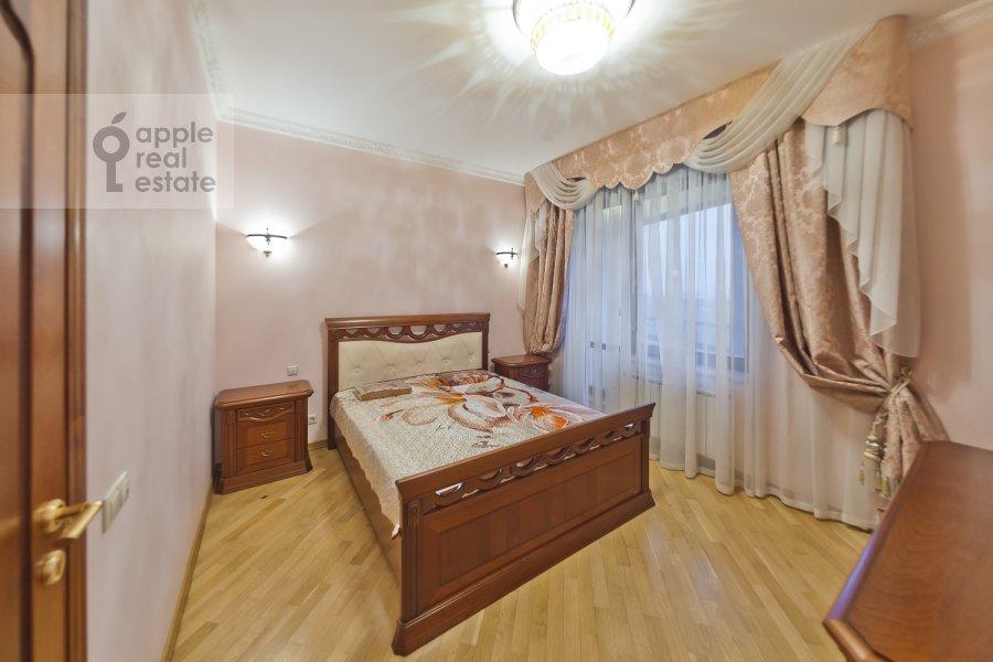 Bedroom of the 3-room apartment at Davydkovskaya ul. 16
