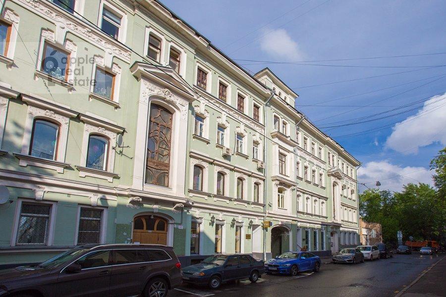Фото дома 4-комнатной квартиры по адресу Большой Козихинский переулок 4
