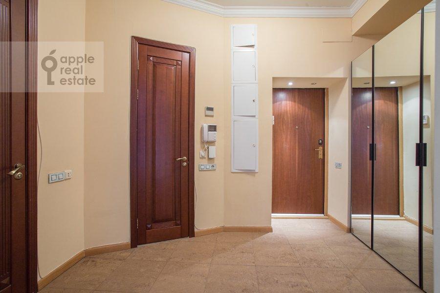 Коридор в 4-комнатной квартире по адресу Большой Козихинский переулок 4