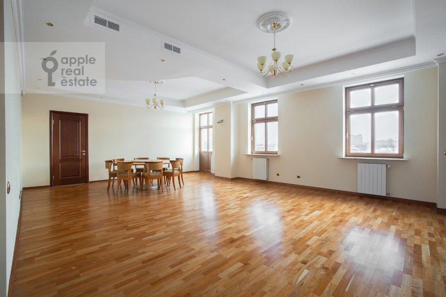 Гостиная в 4-комнатной квартире по адресу Остоженка 25