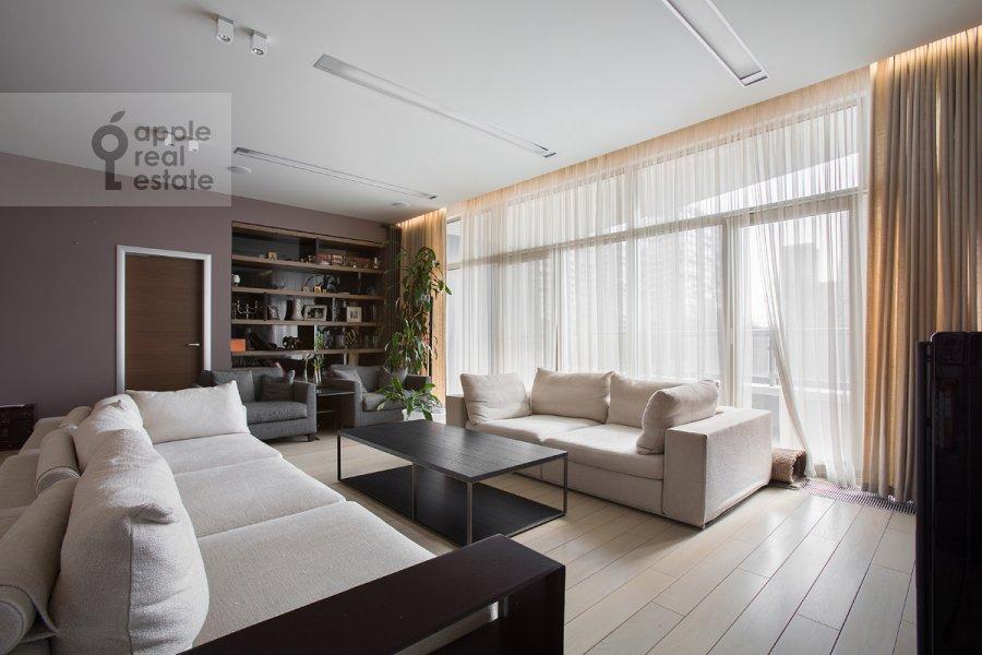 Гостиная в 6-комнатной квартире по адресу Ленинградское шоссе 37к1
