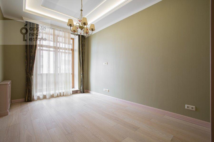 Bedroom of the 6-room apartment at Tverskaya-Yamskaya 3-ya ul. 25