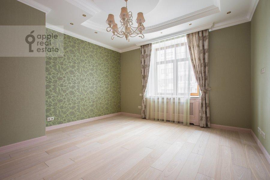 Children's room / Cabinet of the 6-room apartment at Tverskaya-Yamskaya 3-ya ul. 25