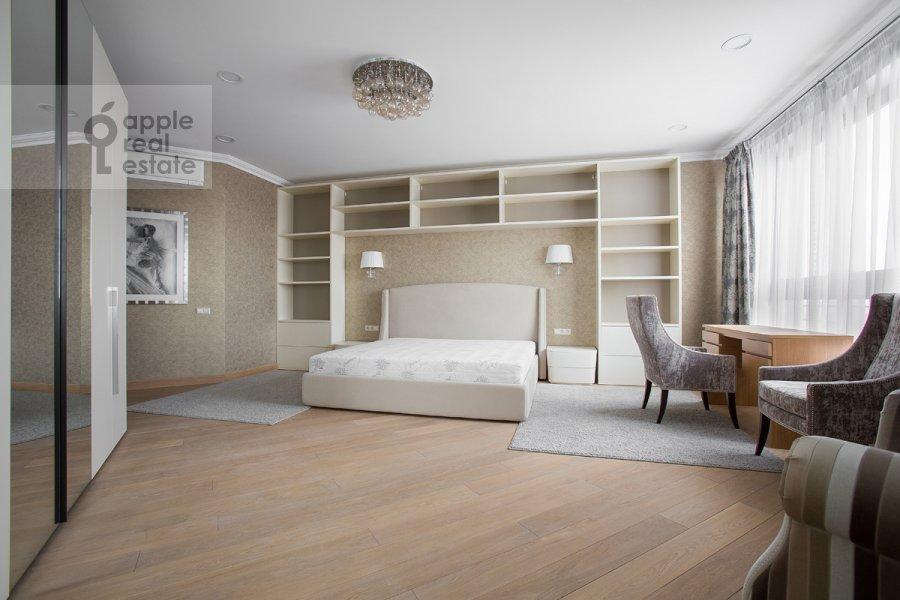Bedroom of the 5-room apartment at Bol'shoy Tishinskiy pereulok 10s1