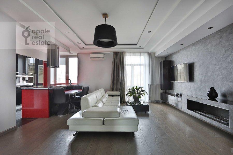 Гостиная в 3-комнатной квартире по адресу Ермолаевский пер. 18А