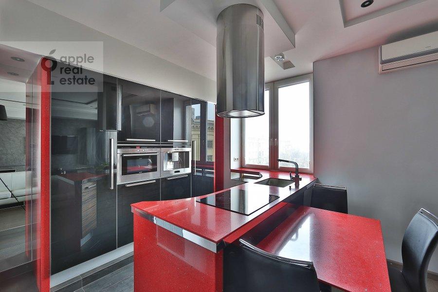 Кухня в 3-комнатной квартире по адресу Ермолаевский пер. 18А