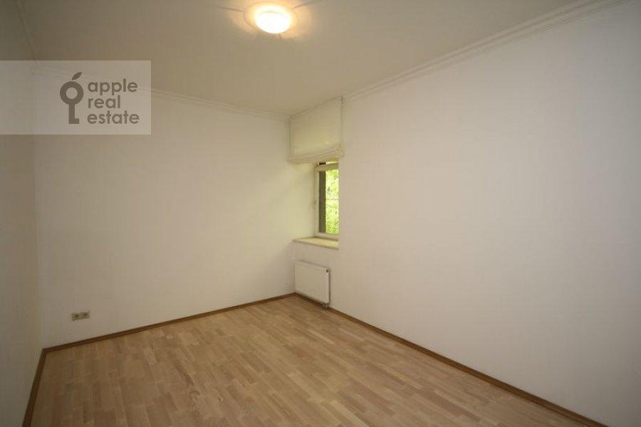 Спальня в 3-комнатной квартире по адресу Филипповский пер. 13