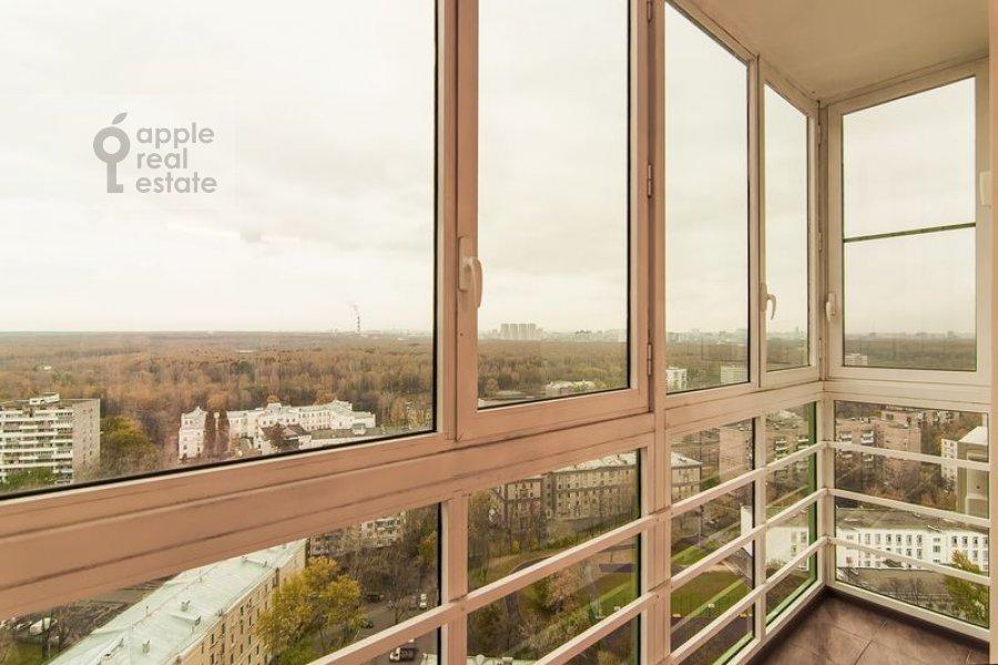 Балкон / Терраса / Лоджия в 5-комнатной квартире по адресу Бажова ул. 8