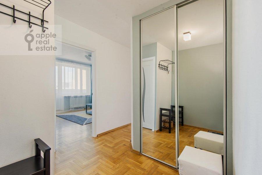 Corridor of the 3-room apartment at Bakhrushina ul. 4s1
