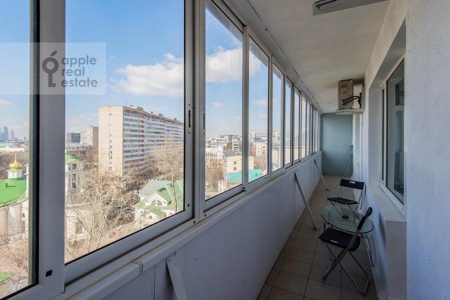 Balcony / Terrace / Loggia of the 3-room apartment at Bakhrushina ul. 4s1