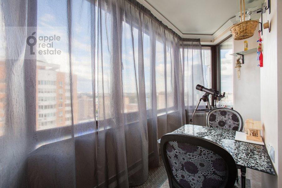 Balcony / Terrace / Loggia of the 3-room apartment at Pyr'eva ul. 9k3