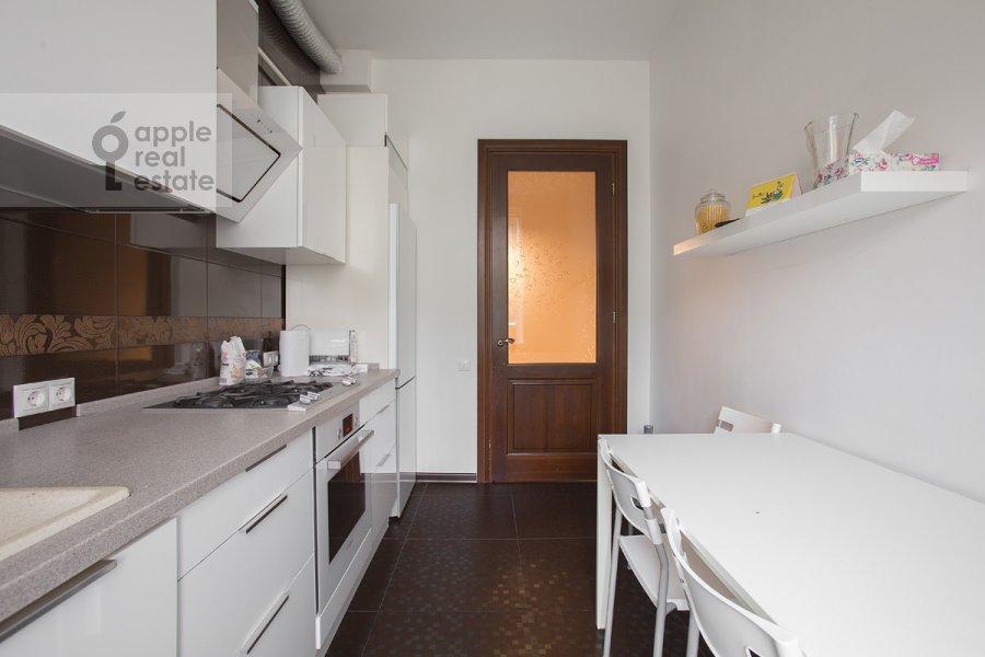 Кухня в 3-комнатной квартире по адресу Новокузнецкий 1-й пер. 10с1