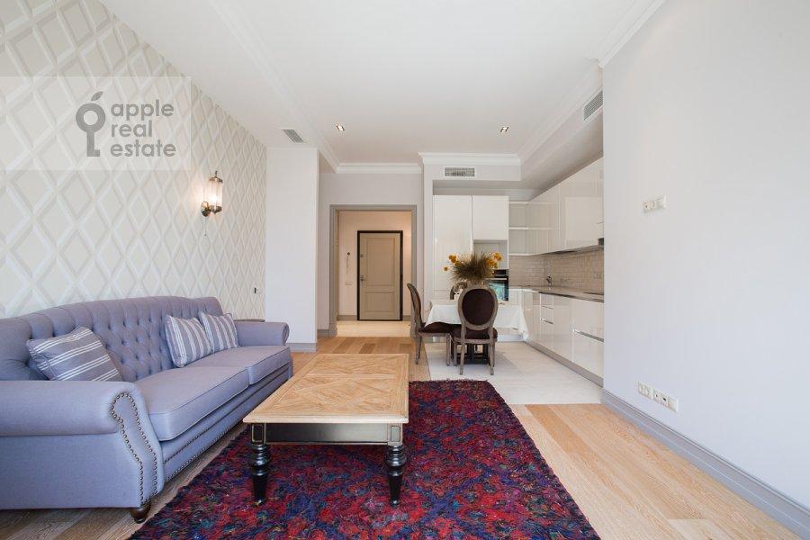 Living room of the 4-room apartment at Gruzinskaya Bol'shaya ul. 69