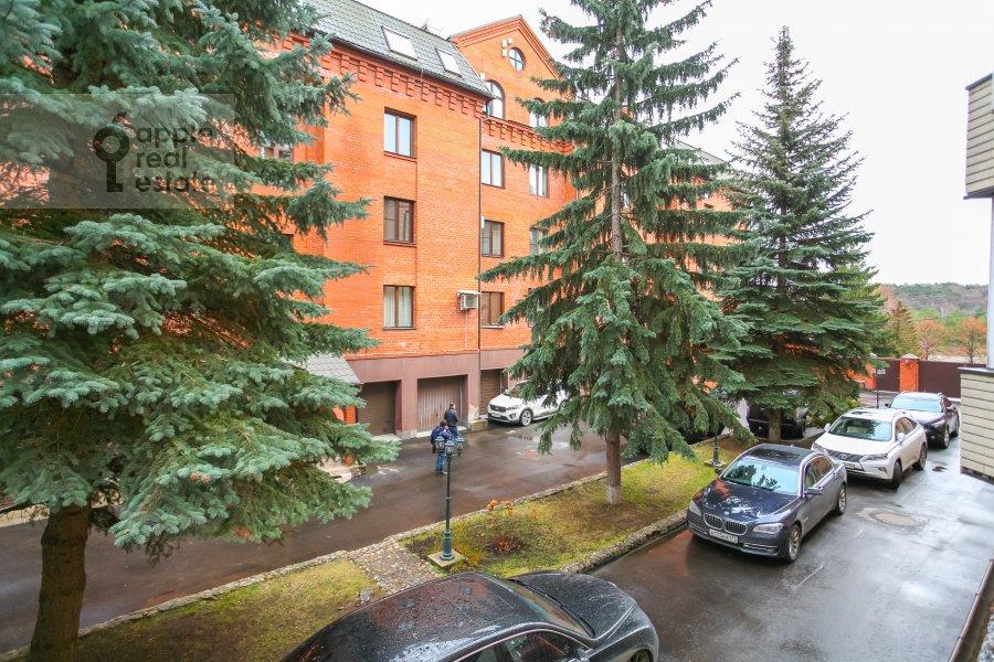 Вид из окна в 3-комнатной квартире по адресу Новая 11