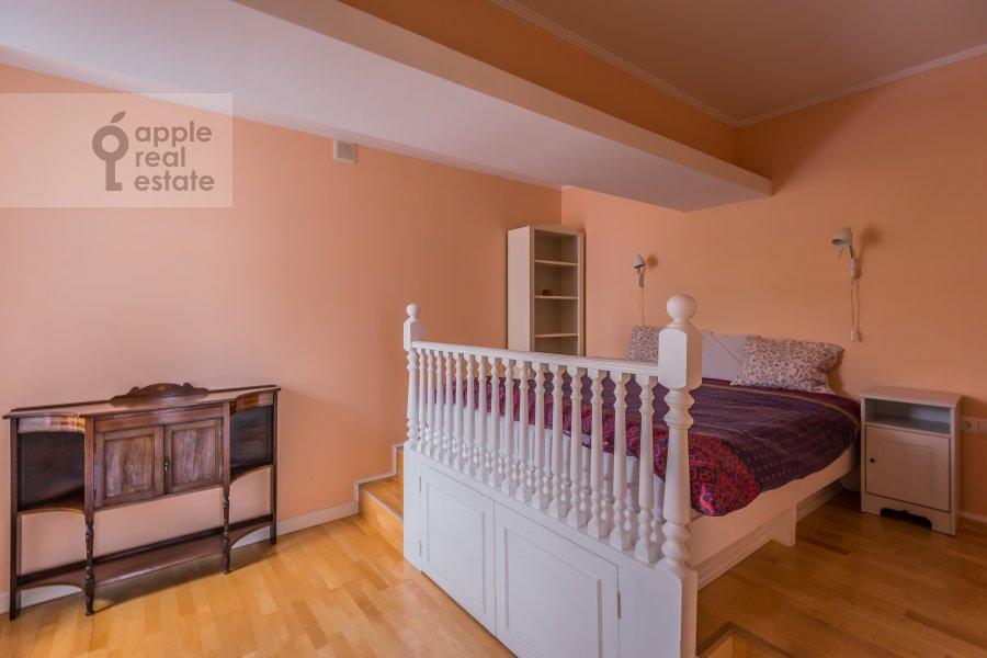 Спальня в 5-комнатной квартире по адресу Покровка ул. 14/2с1