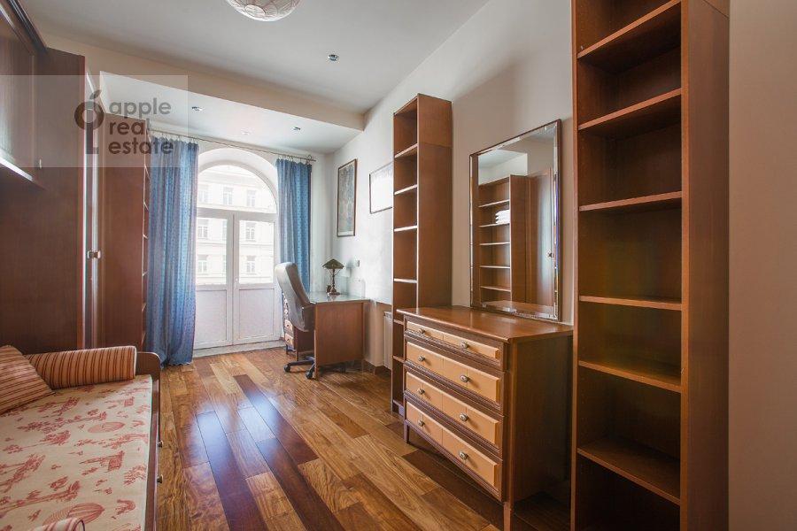 Bedroom of the 3-room apartment at Tverskaya ulitsa 27s2