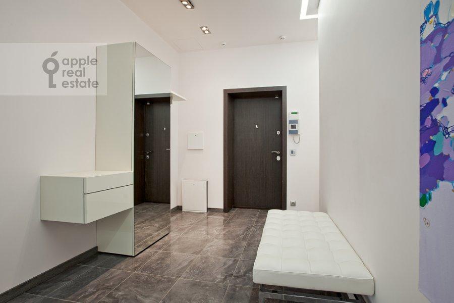 Corridor of the 3-room apartment at Kazarmennyy per. 3