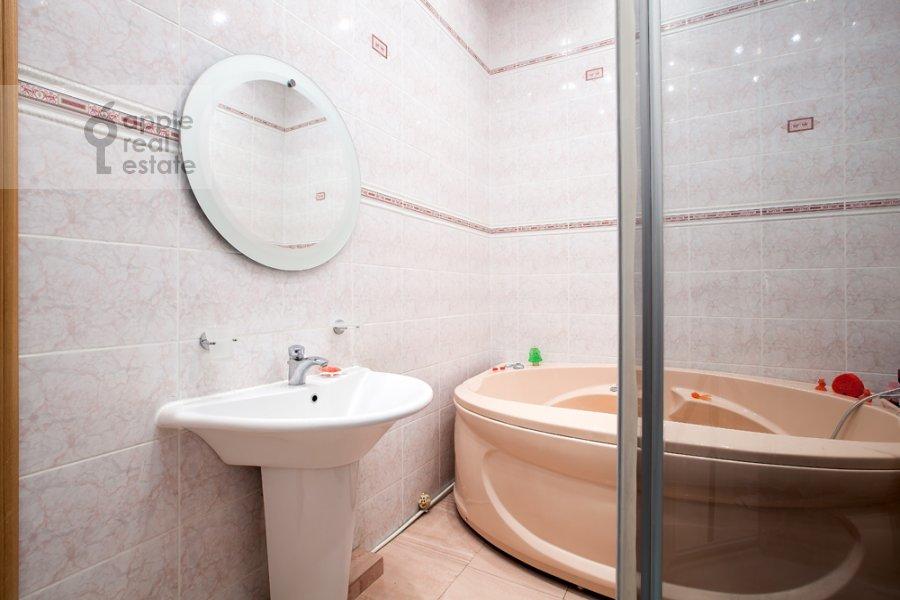 Bathroom of the 3-room apartment at Tverskaya-Yamskaya 4-ya ul. 24