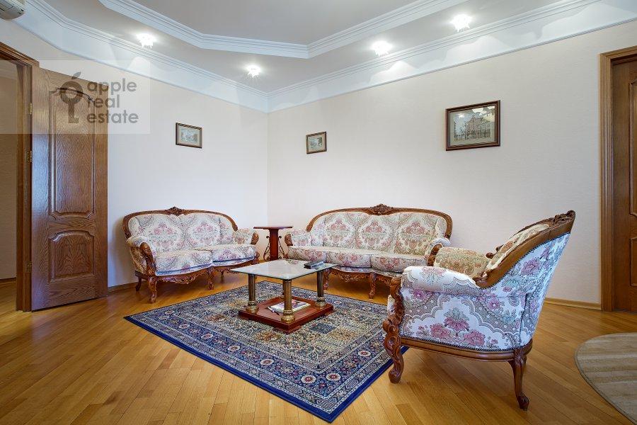 Гостиная в 3-комнатной квартире по адресу Арбат ул. 51