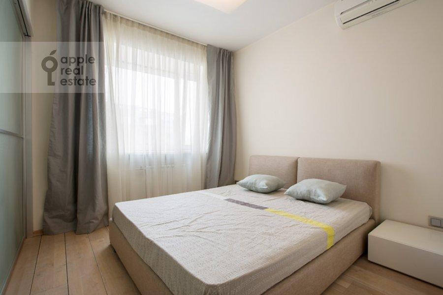 Bedroom of the 2-room apartment at Polyanka Malaya ul. 8