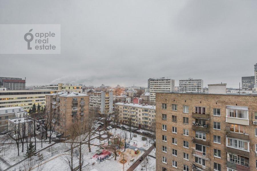 Вид из окна в 3-комнатной квартире по адресу Шаболовка ул. 23с5