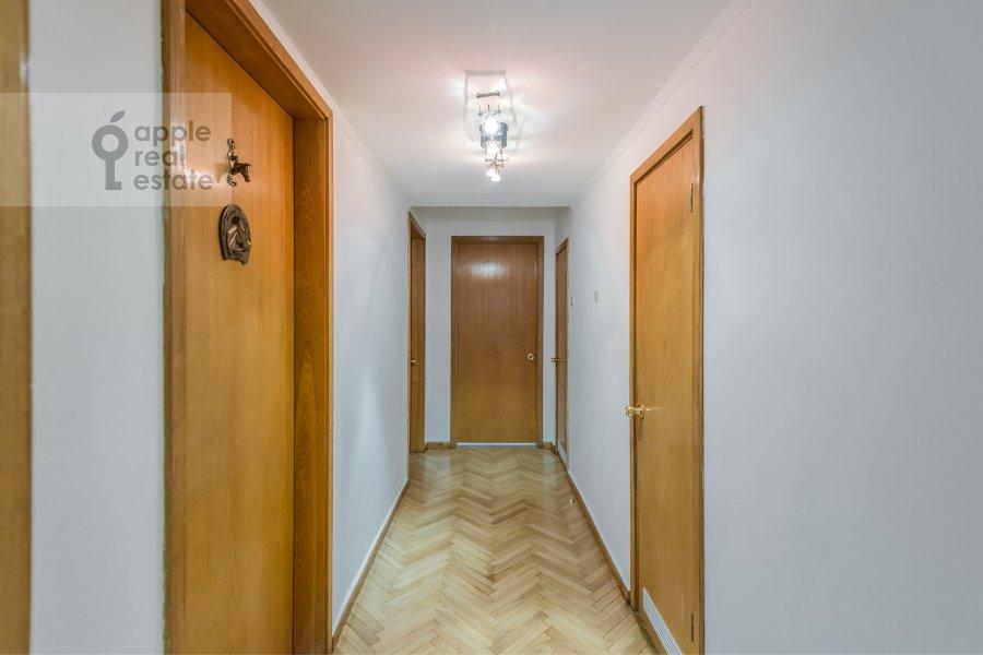 Коридор в 4-комнатной квартире по адресу Бронная Малая ул. 38