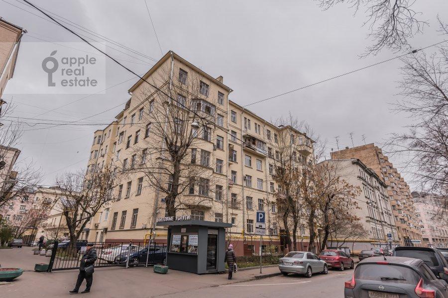 Фото дома 3-комнатной квартиры по адресу Карманицкий пер. 3c1