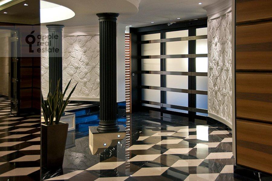 4-комнатная квартира по адресу Колымажный пер. 10