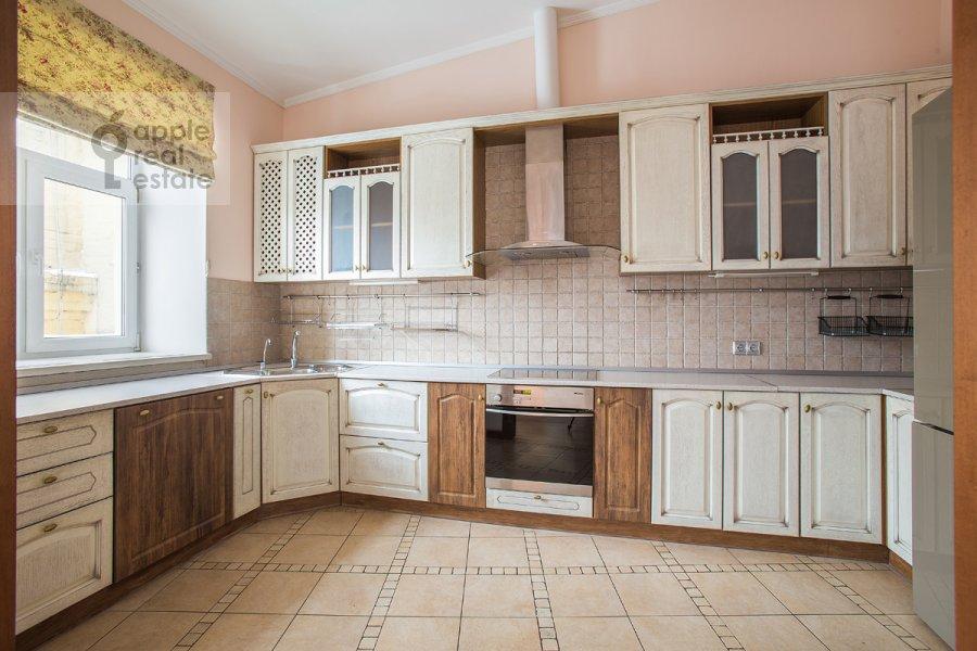 Кухня в 5-комнатной квартире по адресу Ермолаевский переулок 4