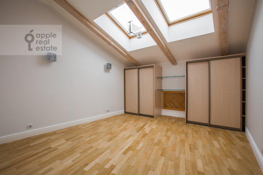Спальня в 5-комнатной квартире по адресу Ермолаевский переулок 4