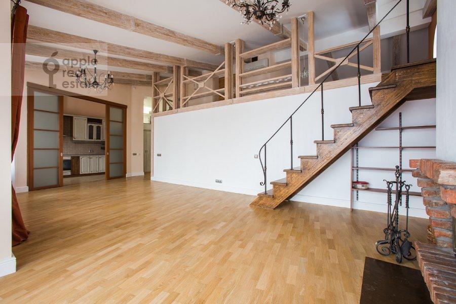 Гостиная в 5-комнатной квартире по адресу Ермолаевский переулок 4