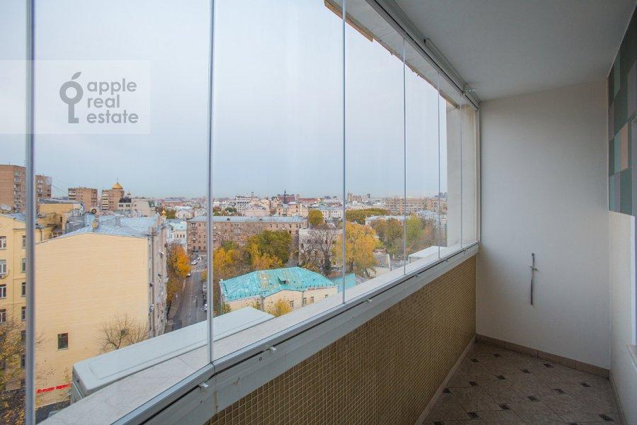 Balcony / Terrace / Loggia of the 4-room apartment at Denezhnyy pereulok 14/3