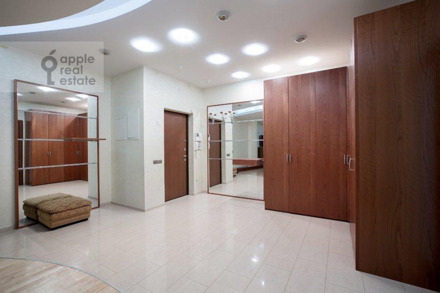Corridor of the 4-room apartment at Mozhayskoe shosse 2