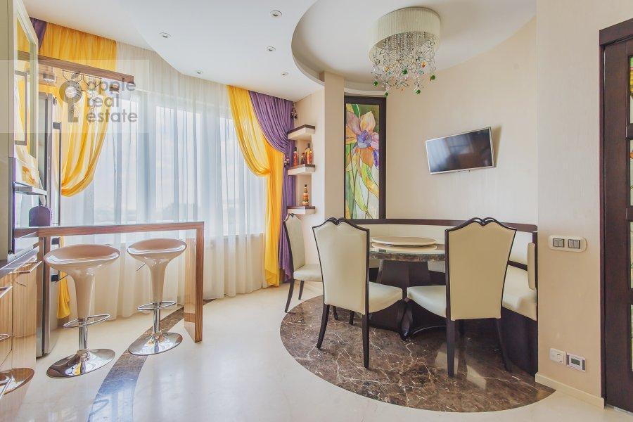 Kitchen of the 4-room apartment at Sosnovaya alleya 1