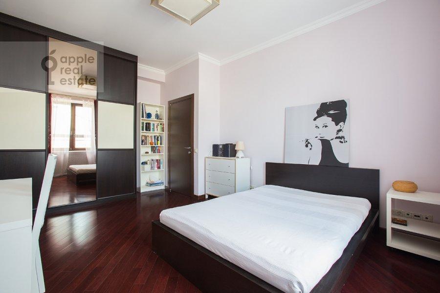 Спальня в 3-комнатной квартире по адресу Златоустинский Большой пер. 3Ас2